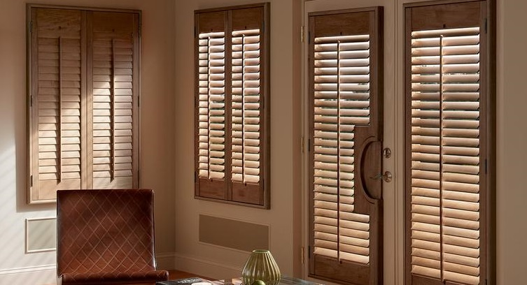 Products PlantationShutters Wood